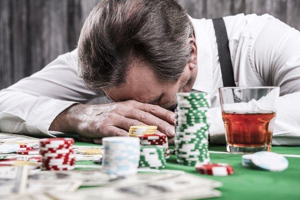 Hãy thật bình tĩnh khi chơi, một kinh nghiệm chơi Blackjack bạn nên luyện tập