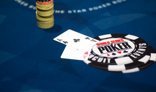 Chơi đánh bài Poker kiếm tiền: Không được quên 10 đôi bài tẩy mạnh nhất (Phần 1)