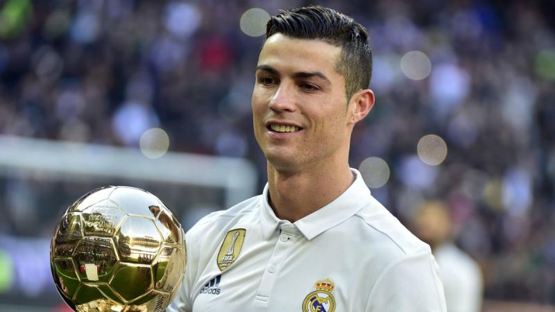 5 cầu thủ giàu nhất thế giới