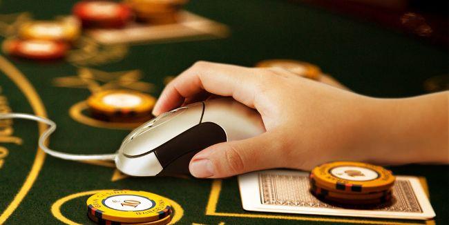 Học hỏi kinh nghiệm từ những người chơi game đánh bài trực tuyến ăn tiền thật lâu năm