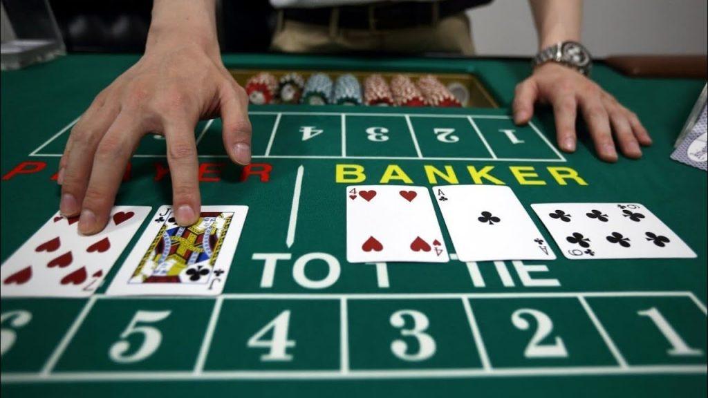 Bí quyết 2: Ưu tiên chọn cửa Player là cách chơi Baccarat luôn thắng cao hơn nhiều