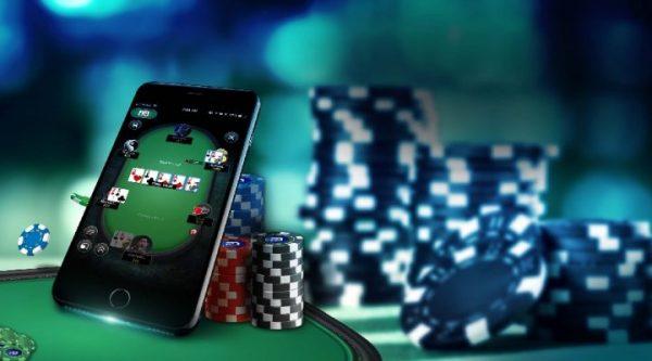Có nên chơi đánh bài Poker online hay không?
